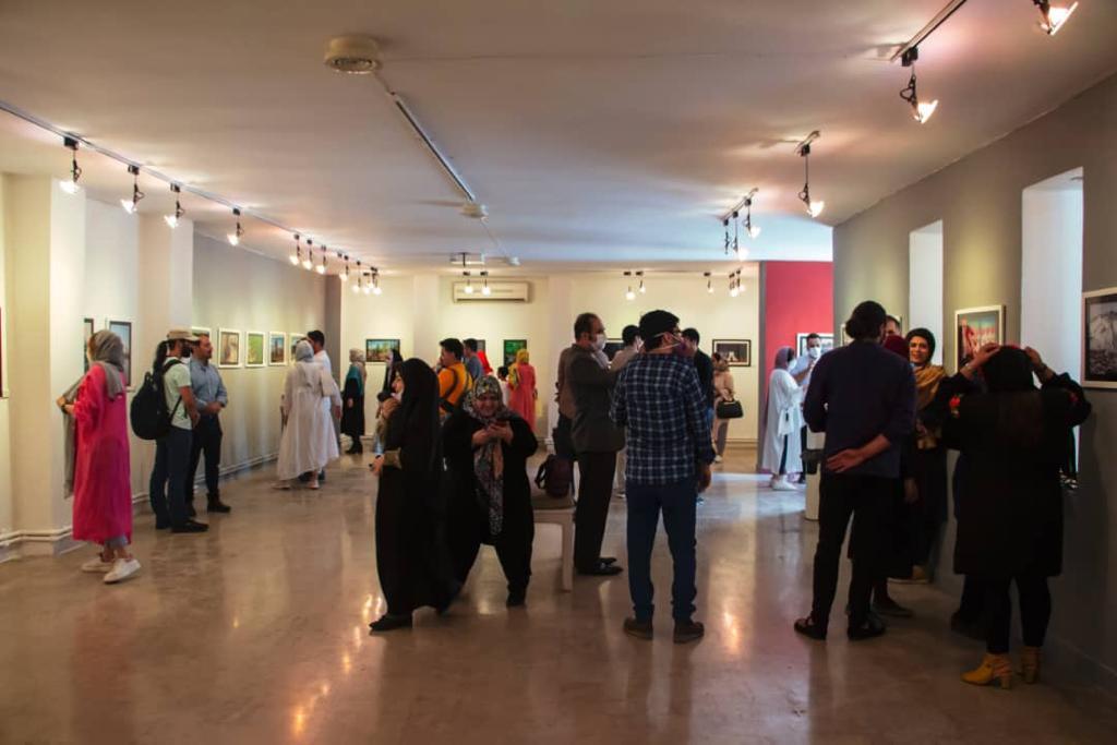 """گزارش تصویری نمایشگاه """"طنین زندگی ۴"""" در گالری لاله"""