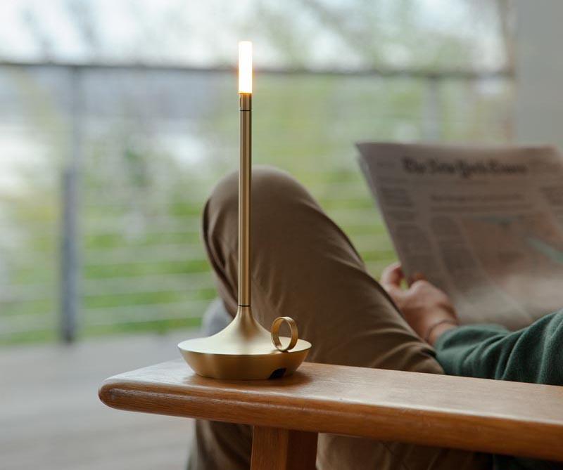 چراغ میز قابل حمل شارژی